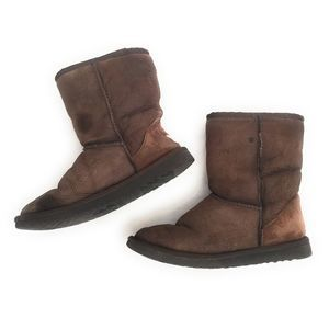 UGG Dark Brown Classic Short Boots Size 6 STAINED